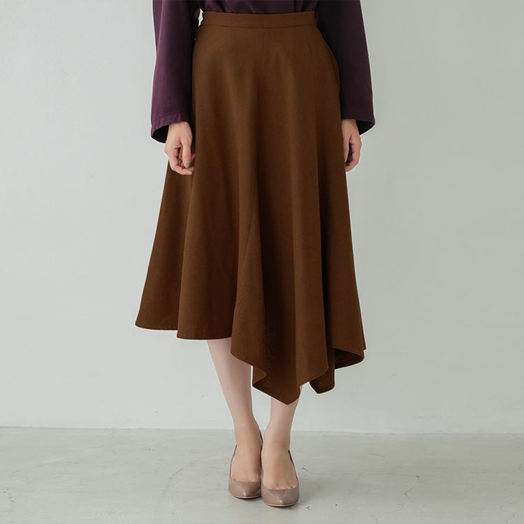 ウール混キャメルフレアースカート