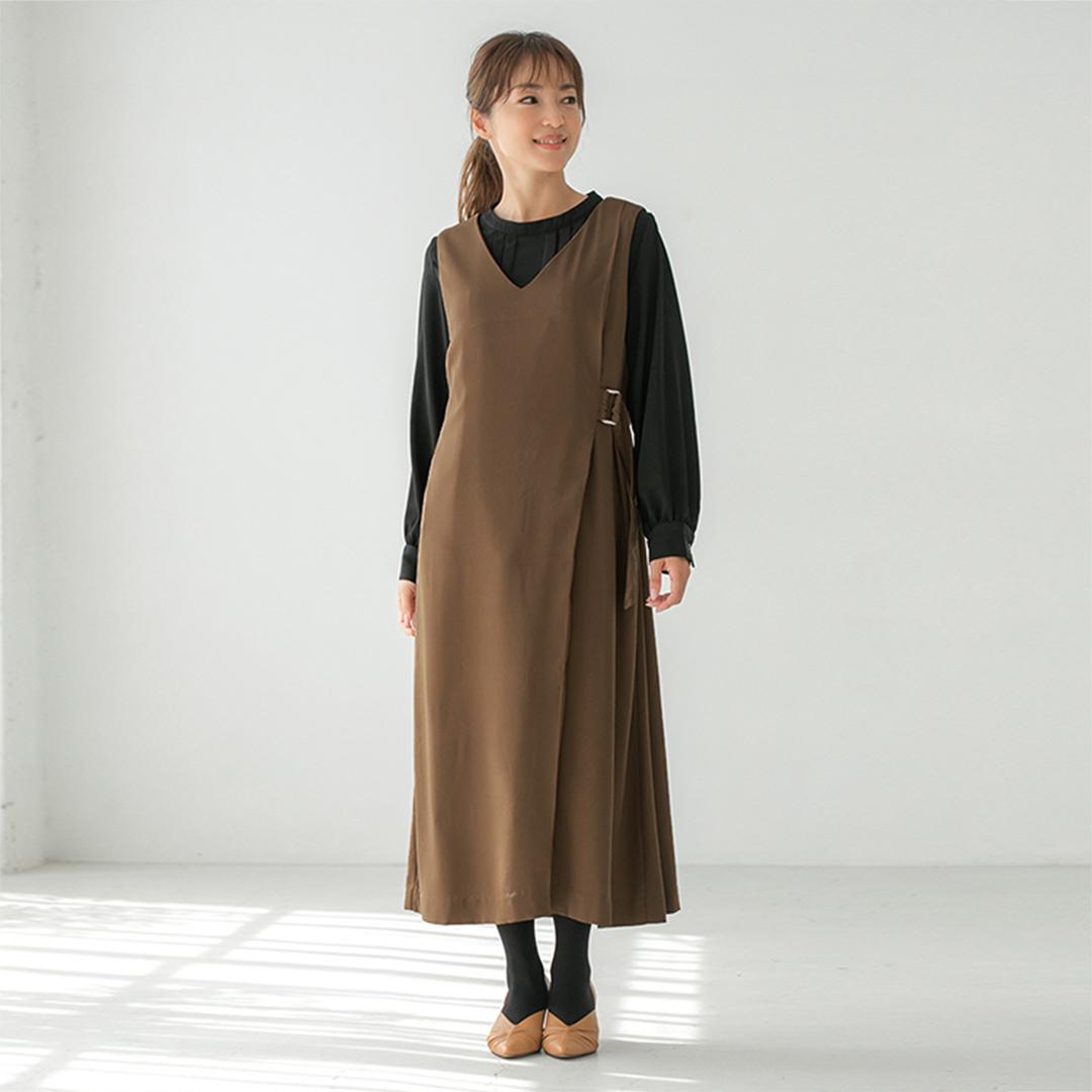 キャメルVネックミディ丈ジャンパースカート