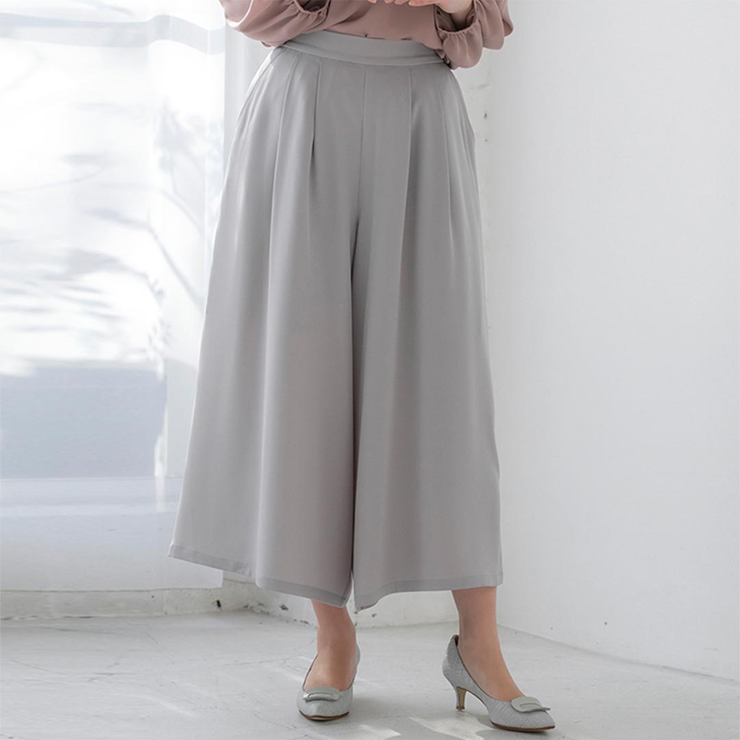 スカート見えライトグレーワイドパンツ