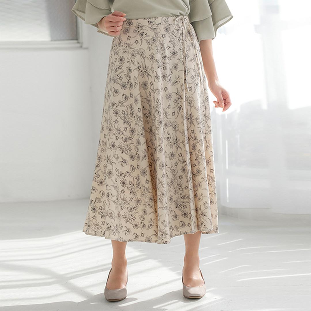 ラップ風フラワープリントフレアスカート