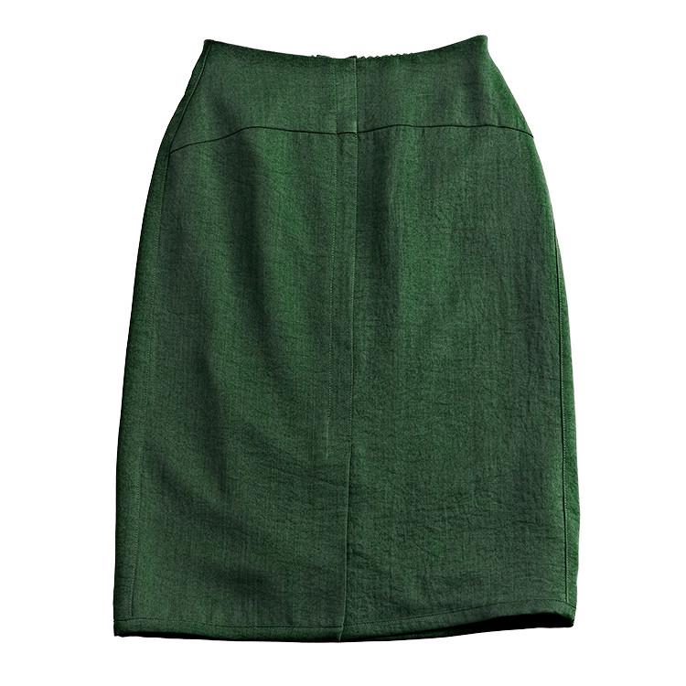 ダークグリーンペンシルスカート